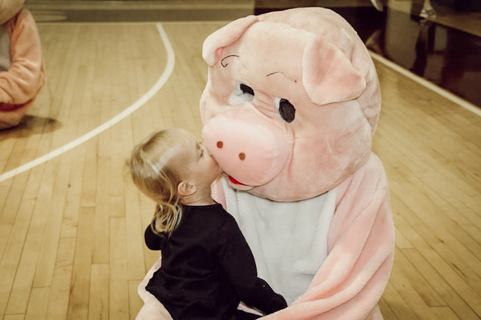 Edmond Memorial High School Swine Week